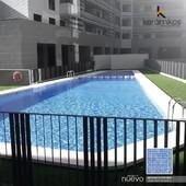 Un ambiente perfecto para el descanso. Con nuestros Mosaicos para piscinas lucirás espacios ideales para tu tiempo vacacional.   #keramikos #Ecuador #DetallesQueHablanDeTi #mosaicoparapiscinas #decoratuhogar #diseñohogar #hogaresconencanto #mosaicos #mosaicospiscinas